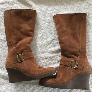 Ugg Brown Suede Sz 6 Wedge Boots Fur Lined